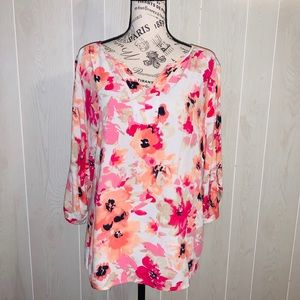 📦 Moving Sale📦Croft & Barrow floral blouse